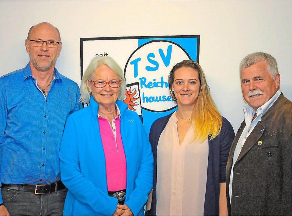 v.l.n.r. Armin Kottmayr (3.Vorsitzender), Irmgard Frings (2. Vorsitzender), Kathrin Kreitmeir, Rudi Schamm (1. Vorsitzender)